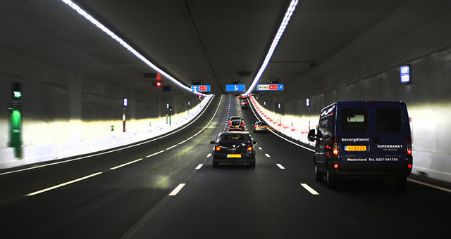 Photo of Unter der Metropole durch
